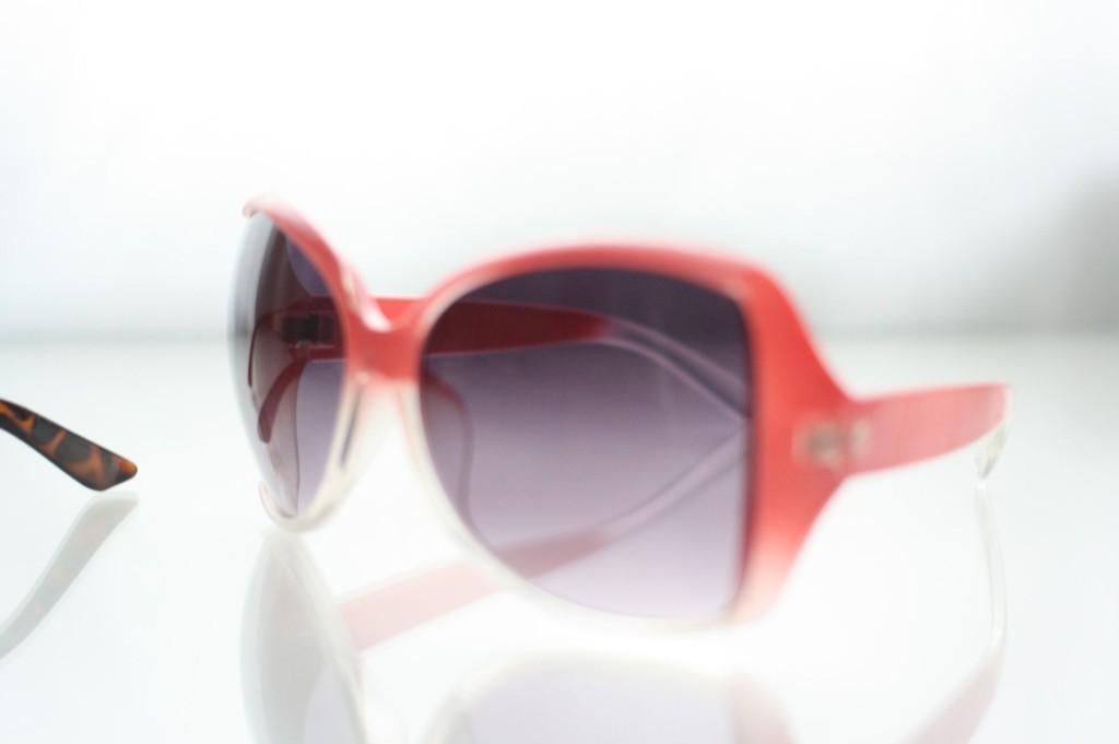 pinke-sonnenbrille