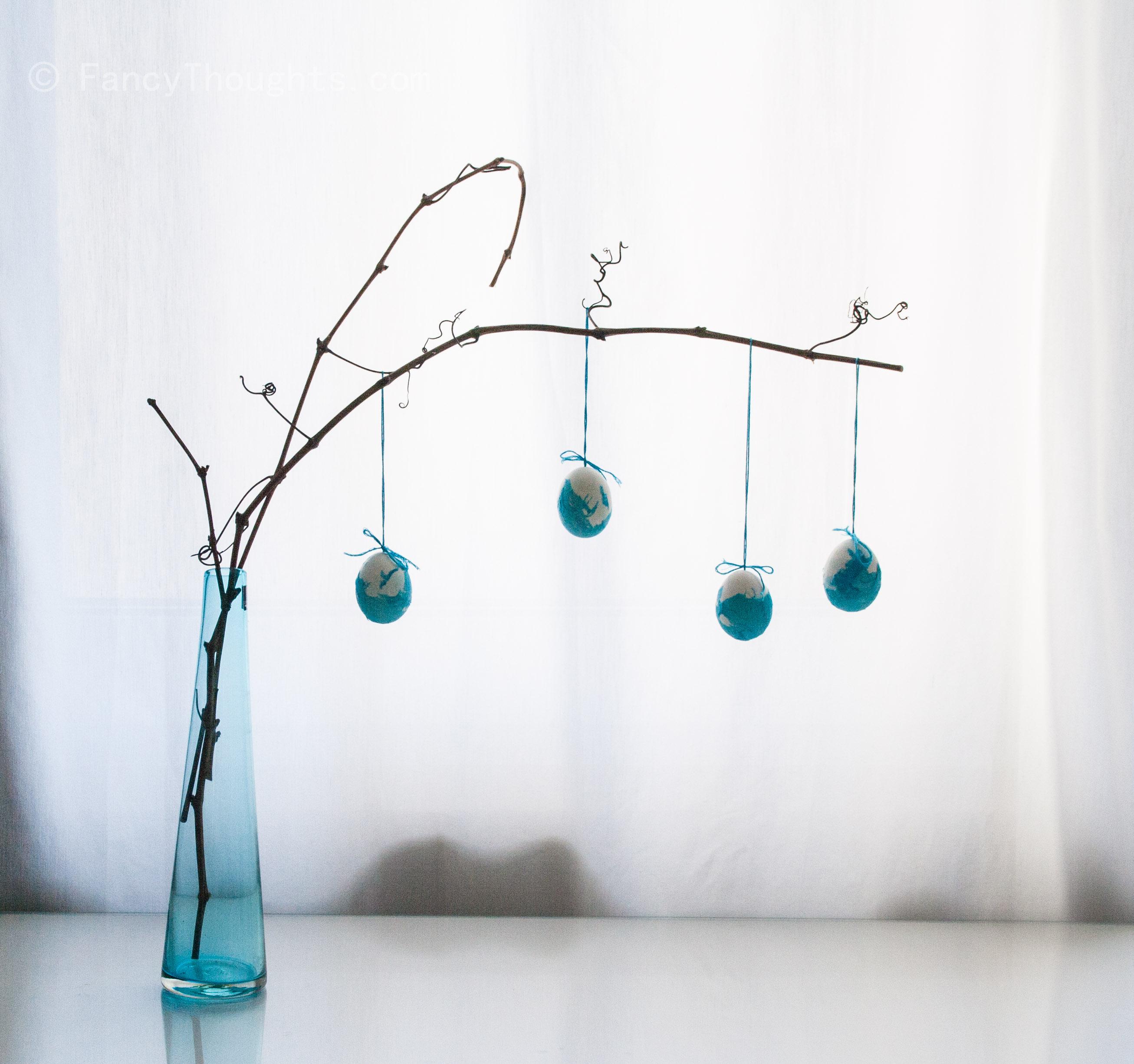 ostereier-weiss-blau