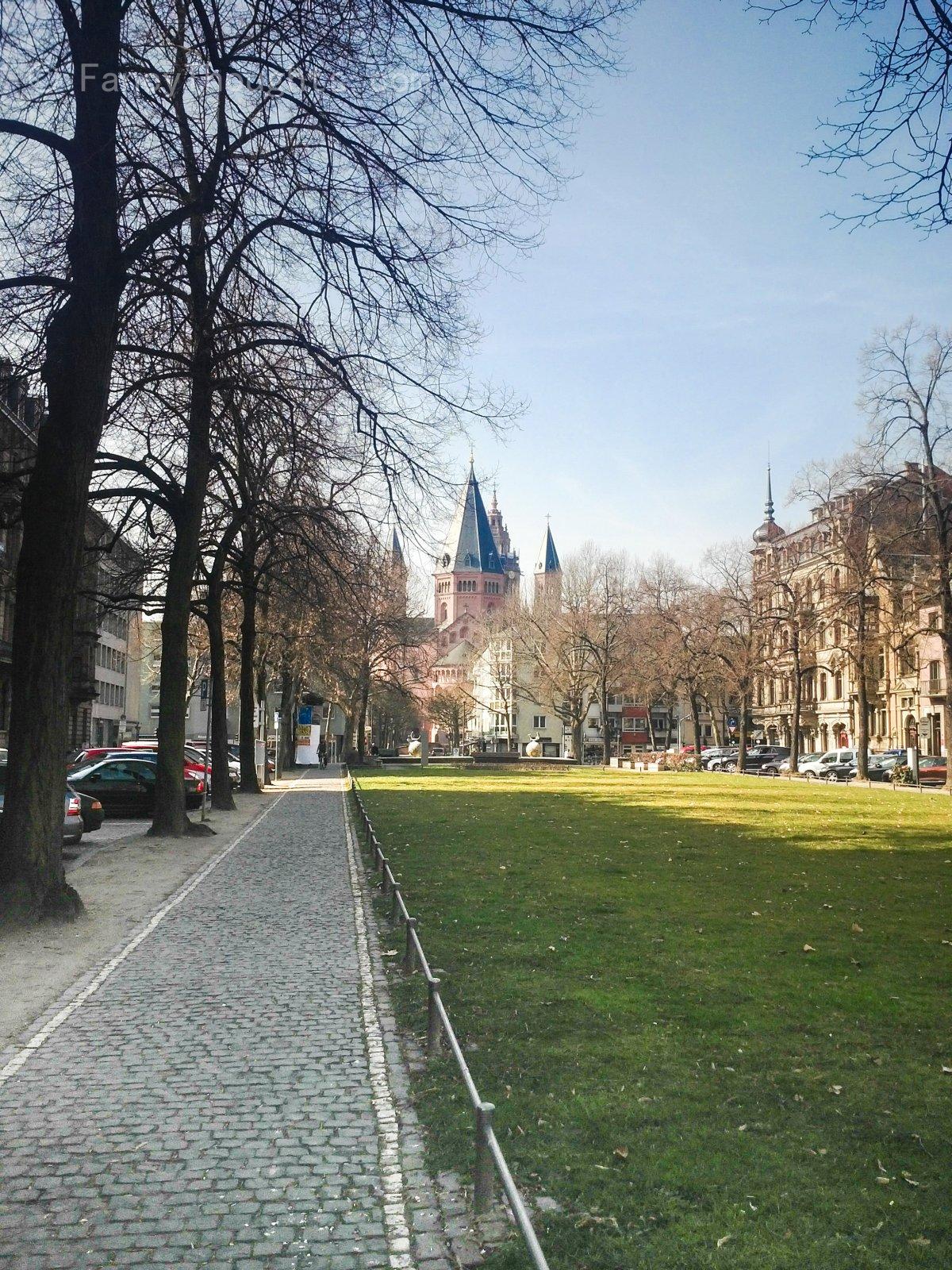 rheinstr-mainz-dom